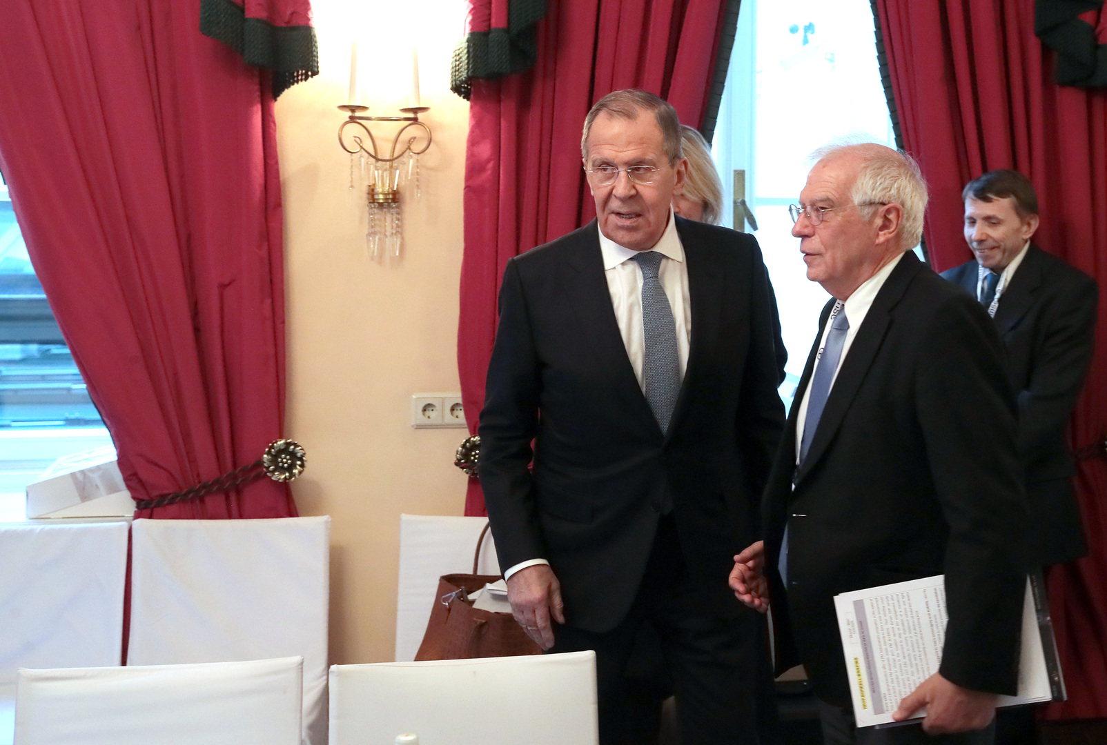وزير الخارجية الروسي، سيرغي لافروف، ورئيس الدبلوماسية الأوروبية، جوزيب بوريل - أرشيف