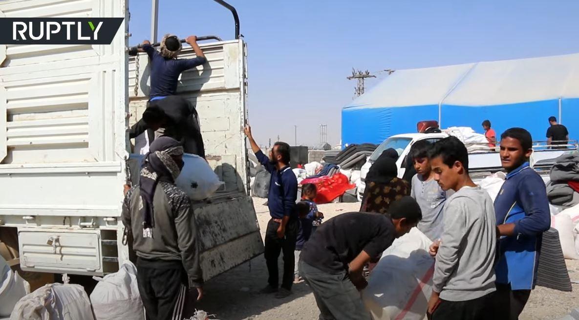 الإدارة الذاتية لشمال وشرق سوريا تبدأ بنقل المواطنين من مخيم الهول