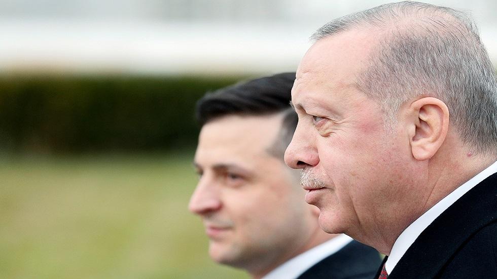 الرئيسان الأوكراني فلاديمير زيلينسكي والتركي رجب طيب أردوغان خلال زيارة الأخير إلى كييف في فيراير 2020