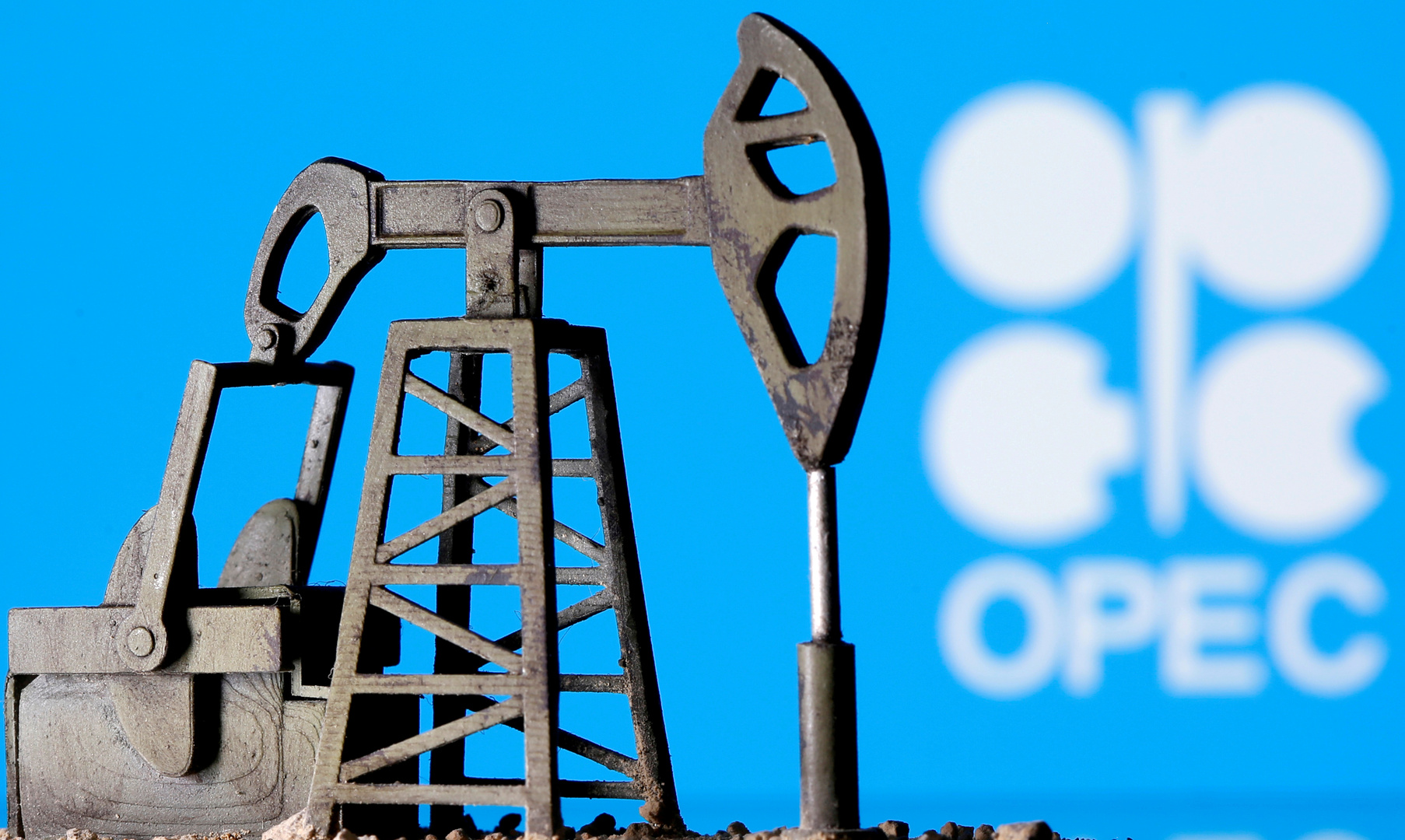 أسعار النفط: قد تضطر الرياض لبدء حرب أسعار مرة أخرى