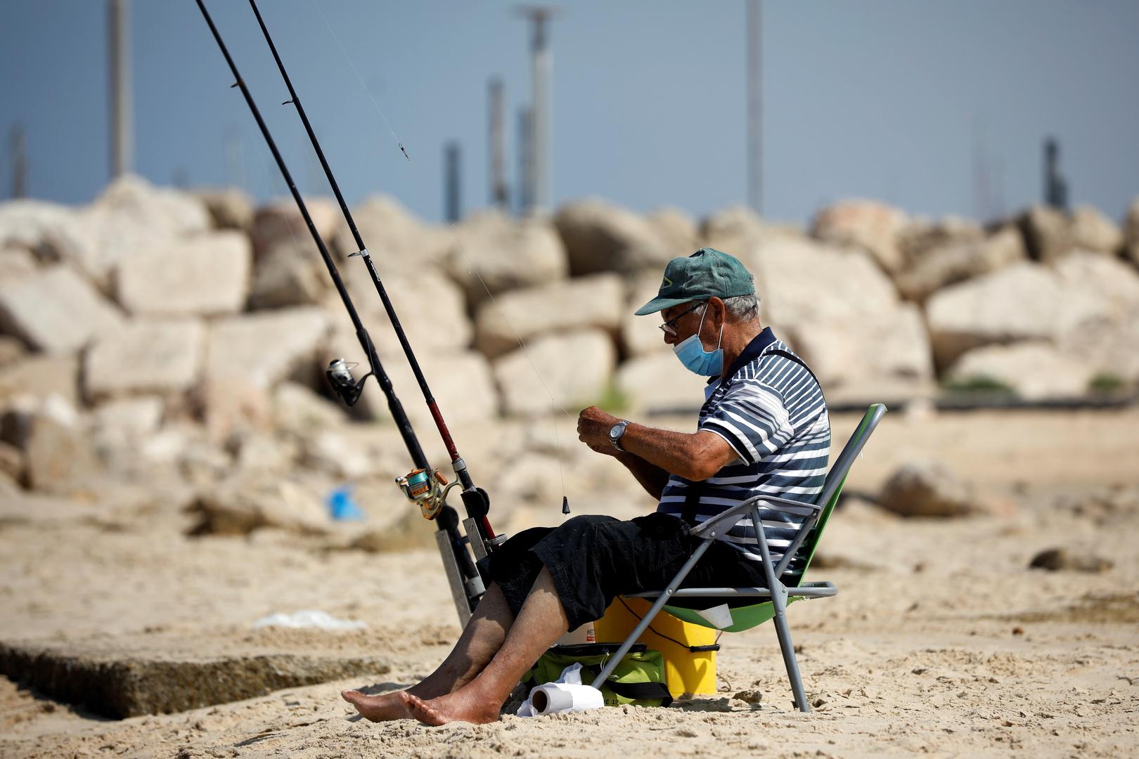إسرائيل تخفف من قيود كورونا