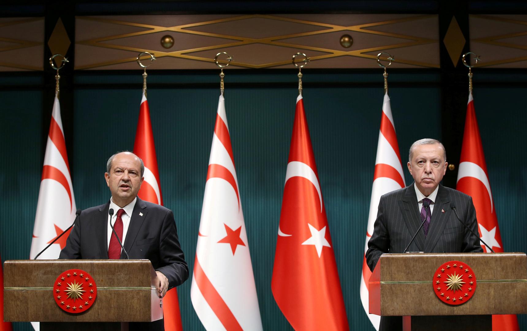 فوز مرشح مدعوم من تركيا في انتخابات رئاسة جمهورية شمال قبرص غير المعترف بها