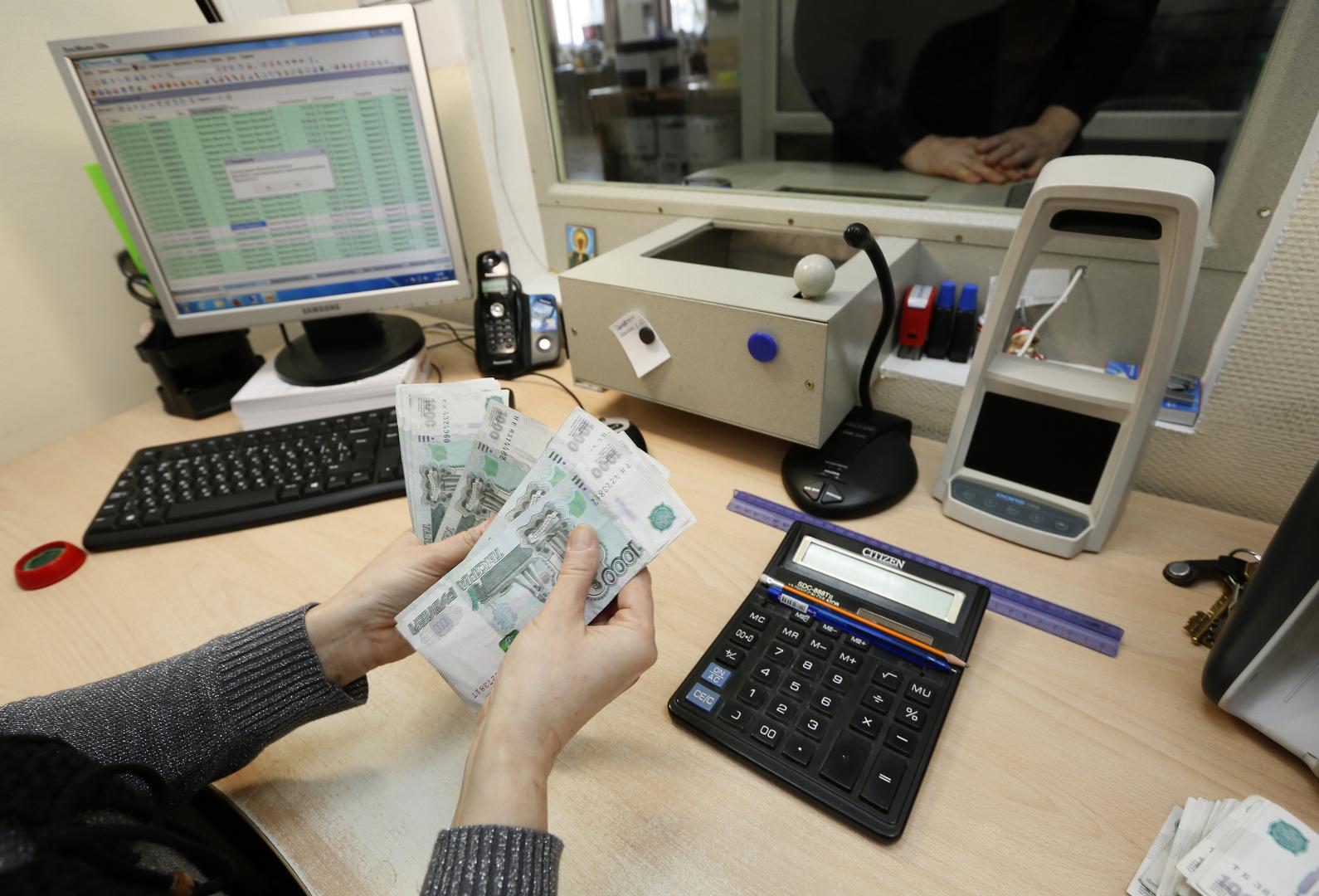 الكرملين: جائحة كورونا تحد غير مسبوق للاقتصاد الروسي