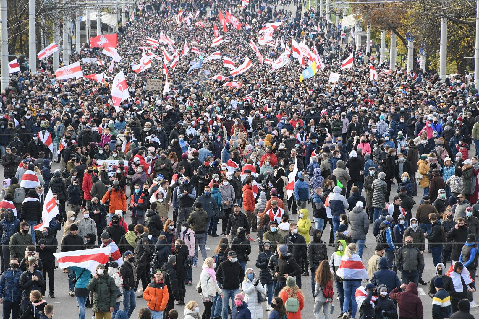 متظاهرون في العاصمة البيلاروسية مينسك