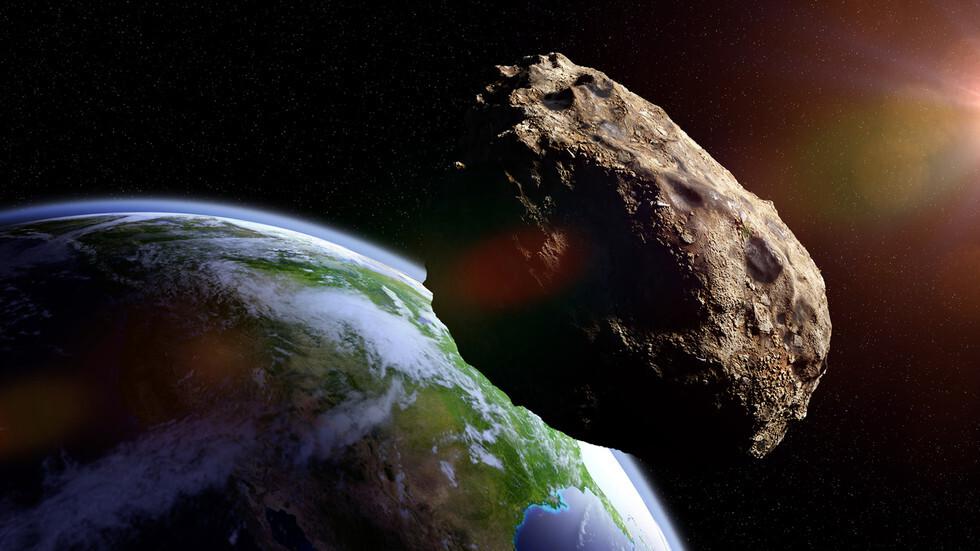 5 كويكبات تمر قرب الأرض مع استعداد ناسا للهبوط التاريخي على كويكب بينو!