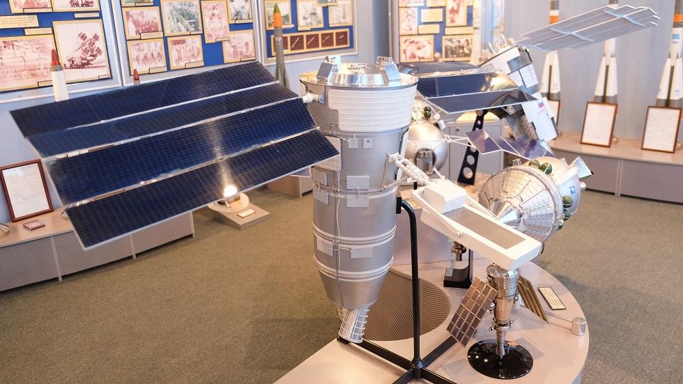 روسيا تطور قمرا جديدا لاستشعار الأرض عن بعد