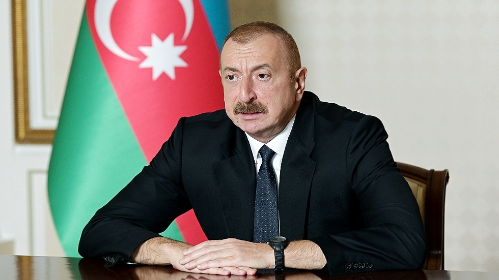 الرئيس الأذربيجاني يعلن سيطرة قوات بلاده على مدينة قرب الحدود مع أرمينيا والجانب الأرمني ينفي