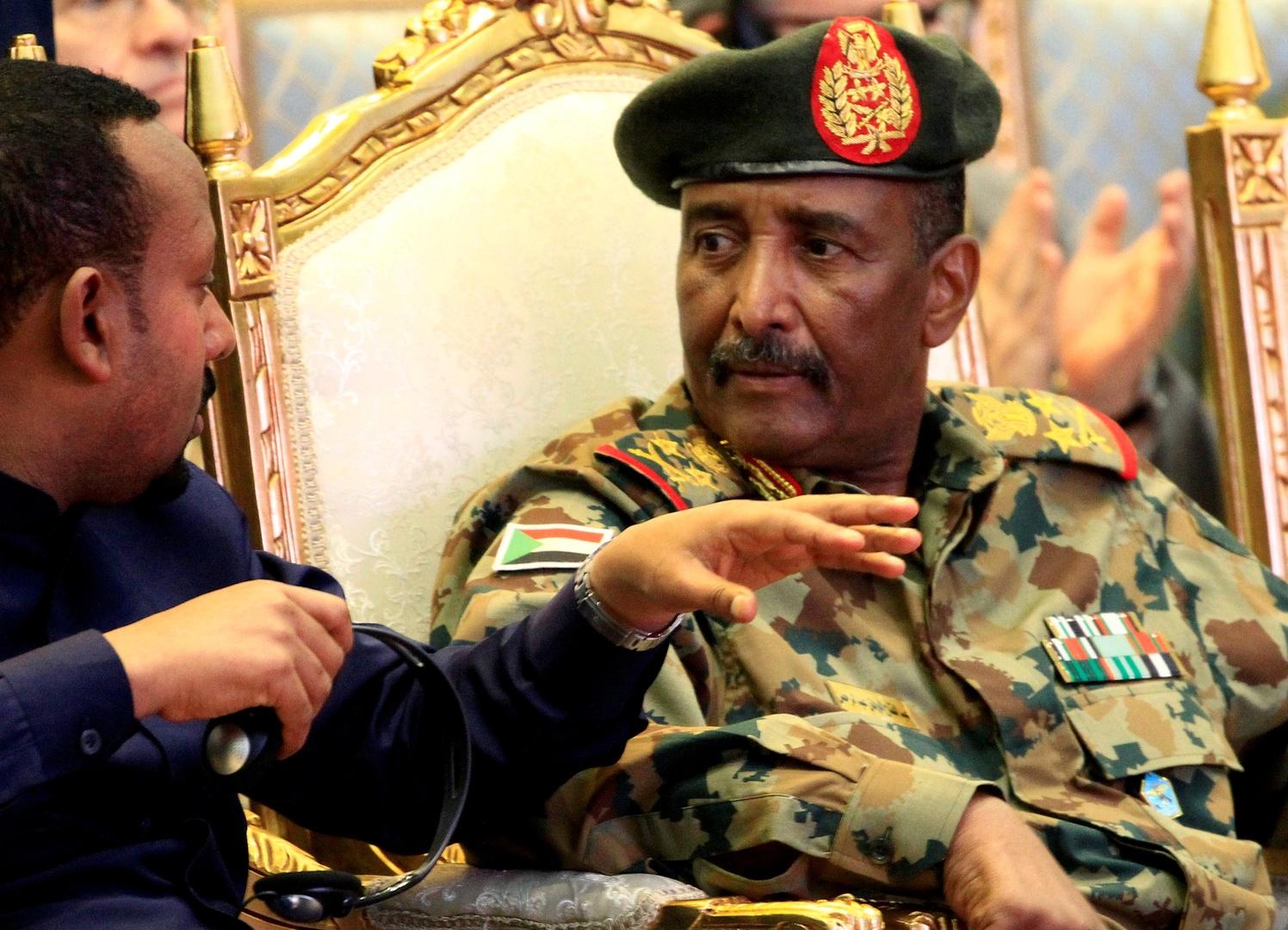 مصر ترحب ببدء إجراءات رفع اسم السودان من قائمة