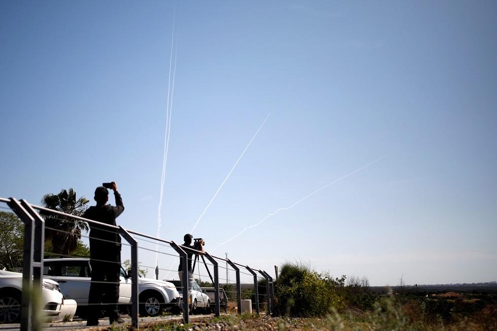 انطلاق صافرات الإنذار في مناطق غلاف غزة والجيش الإسرائيلي يتحدث عن اعتراض القبة الحديدية لقذيفة