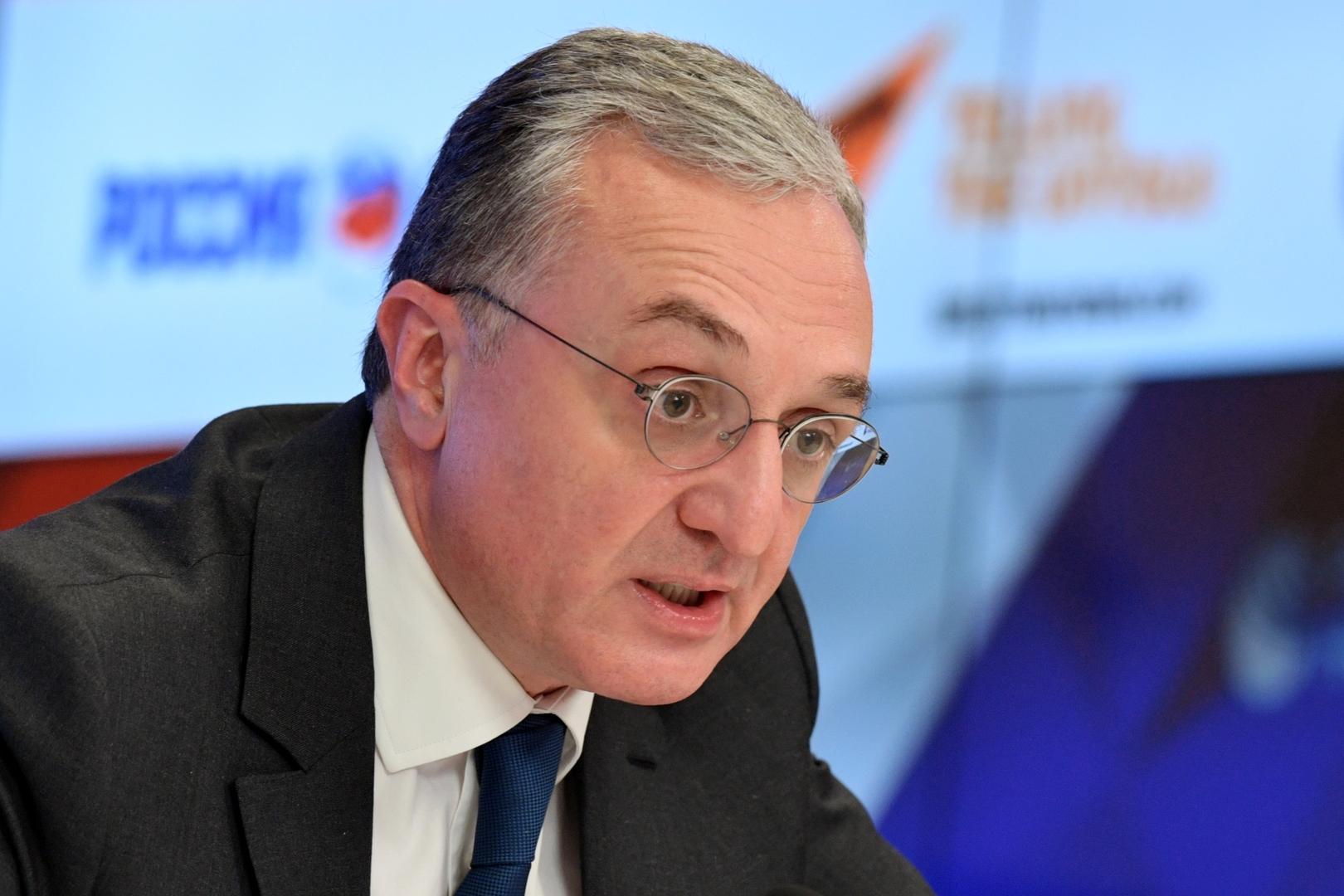 وزير الخارجية الأرمني، زوغراب مناتساكانيان.