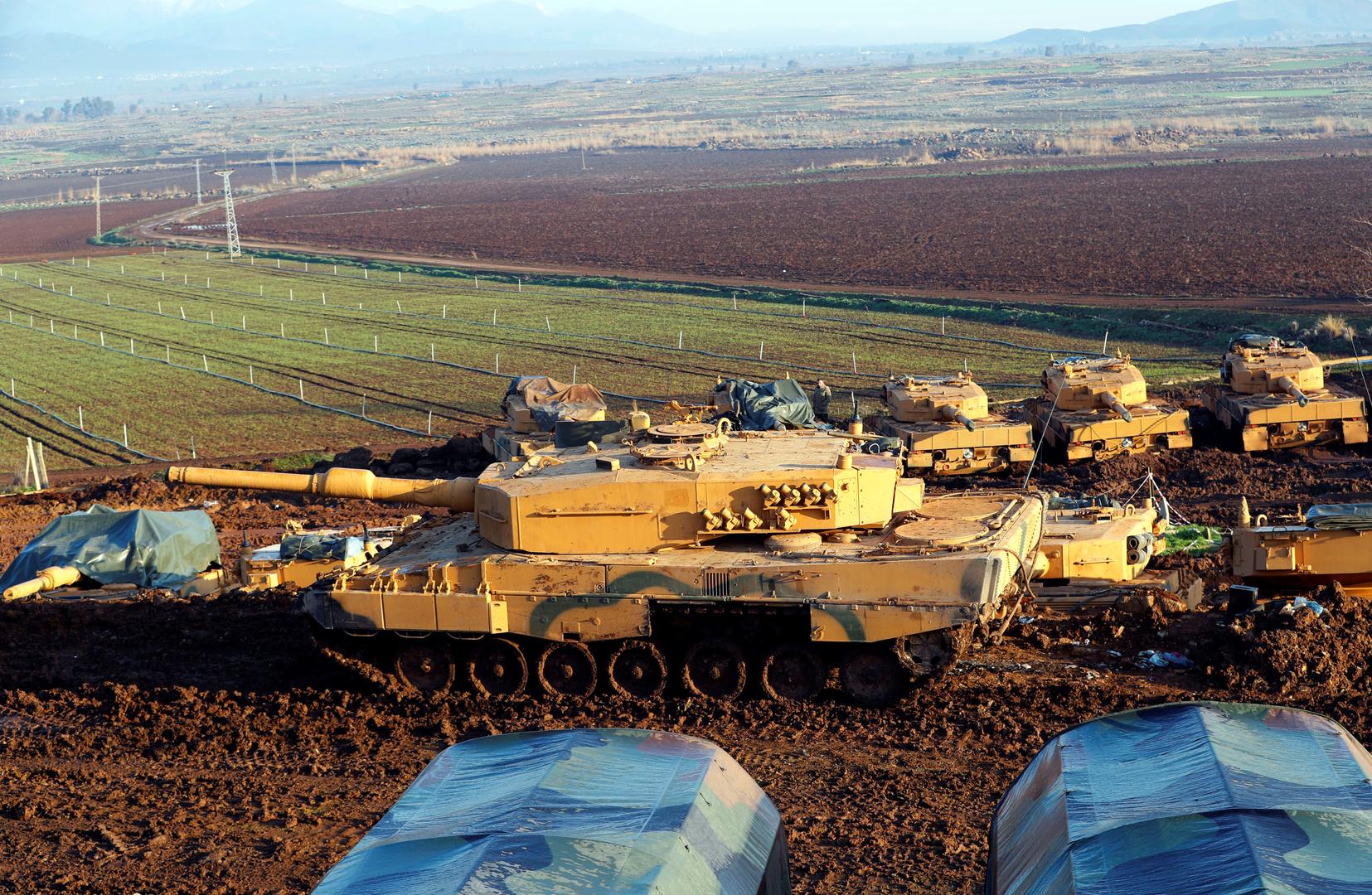 فصائل سورية مدعومة من تركيا تشن هجوما على بلدة شمالي الرقة و