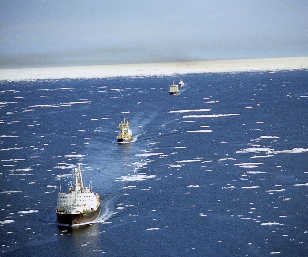 روسيا تقدم إعفاءات ضريبية للشحن عبر ممر الملاحة الشمالي