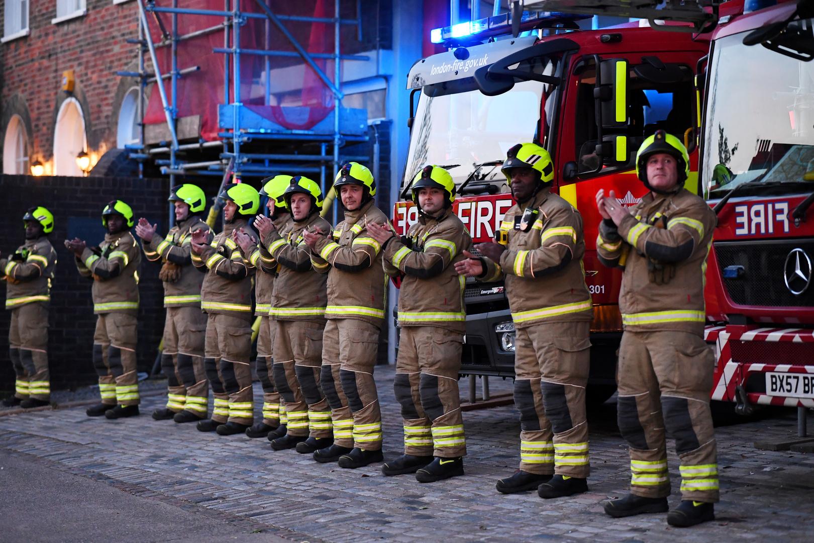 مقتل عدد من الأشخاص بانفجار غاز أدى الى انهيار مبنى غرب لندن