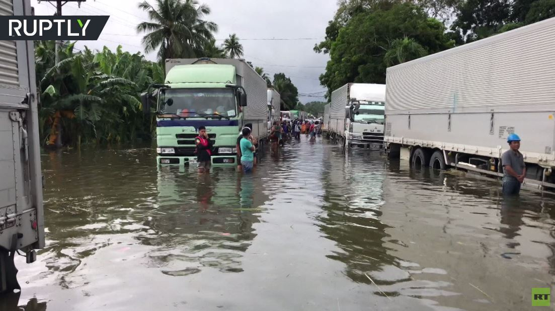 بالفيديو.. فيضانات بعد إعصار في الفلبين