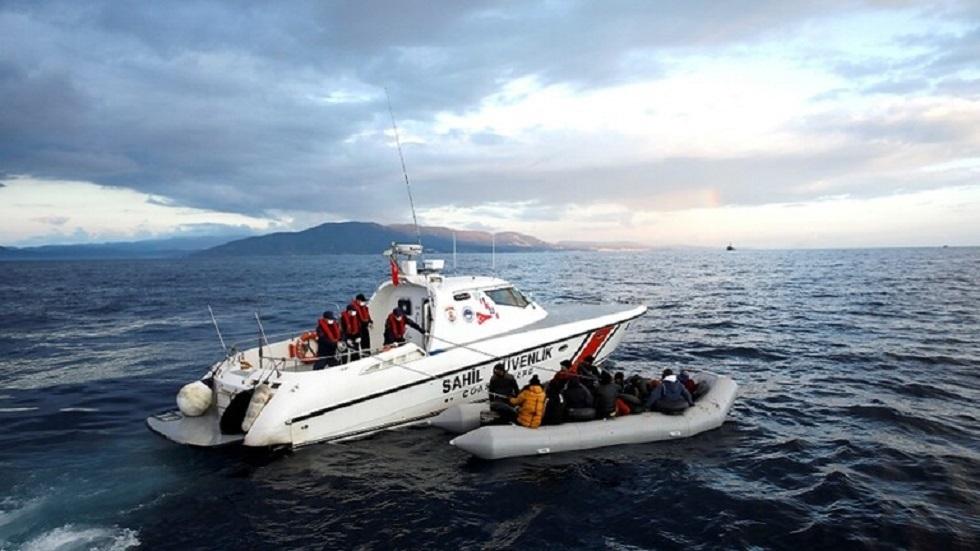 خفر السواحل التركي ينقذ لاجئين في بحر إيجة - أرشيف