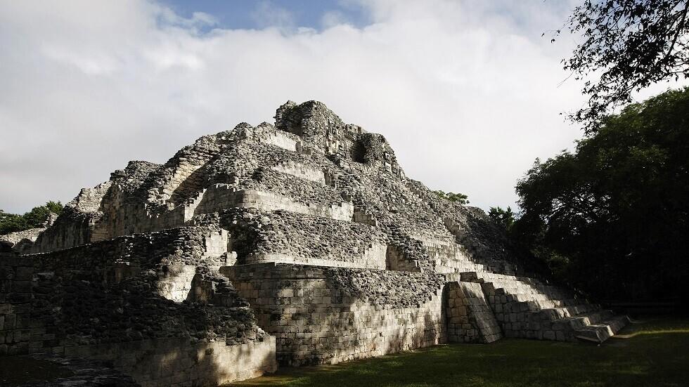 اكتشاف رفات طفل وكنز دفين في غواتيمالا يوضح أهمية طقوس