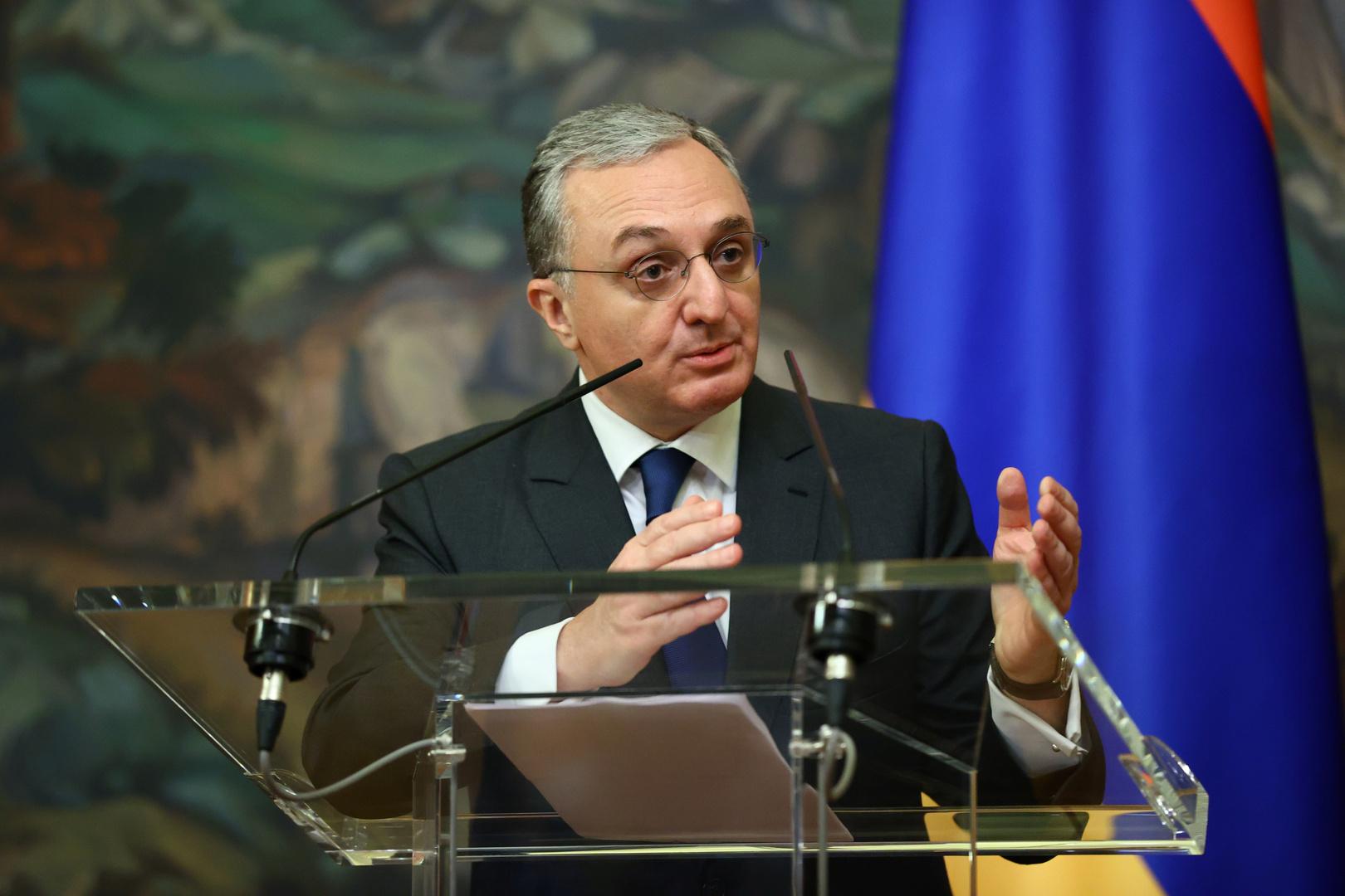 وزير الخارجية الأرمني زوغراب مناتساكانيان