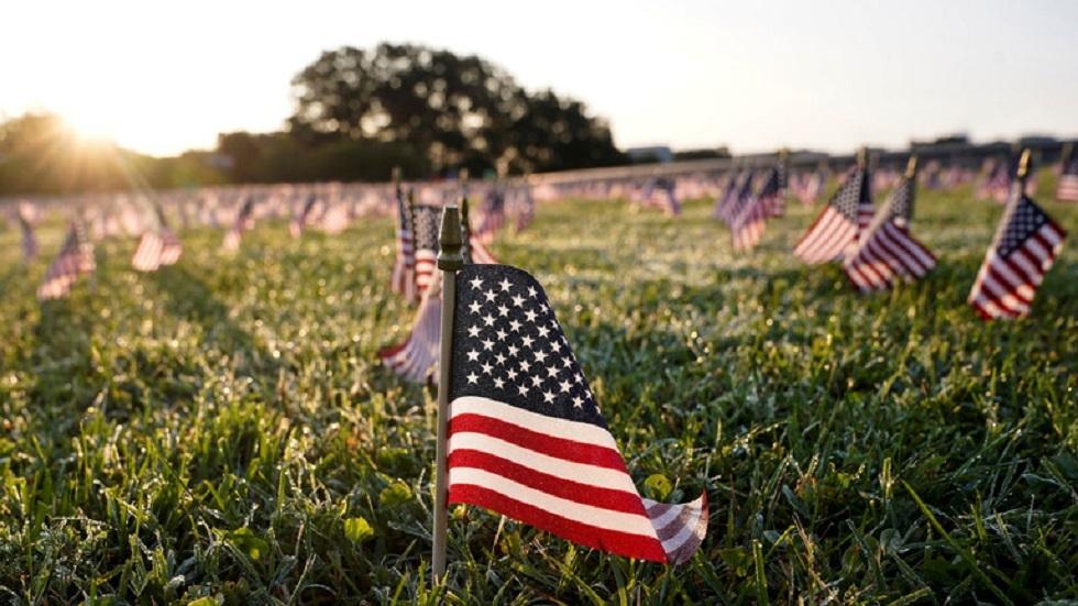أعلام أمريكية تخليدا لضحايا كورونا - أرشيف