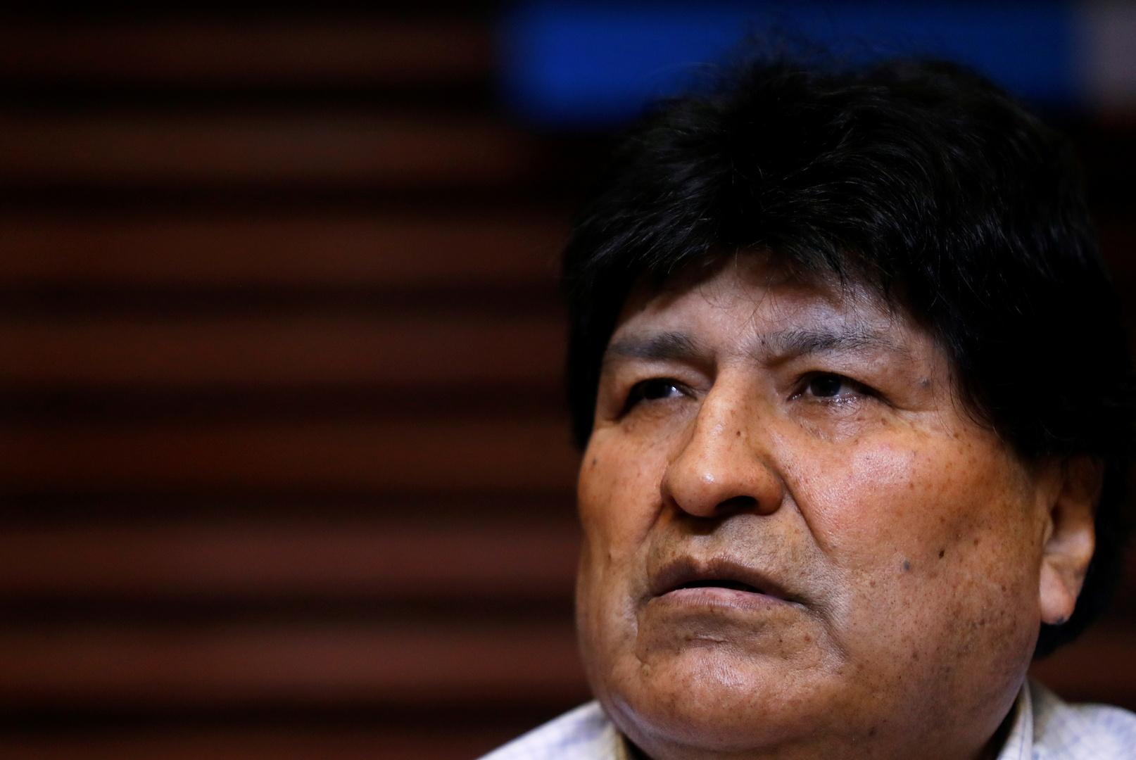 الرئيس البوليفي السابق يغادر الأرجنتين باتجاه فنزويلا بعد فوز حزبه في الانتخابات