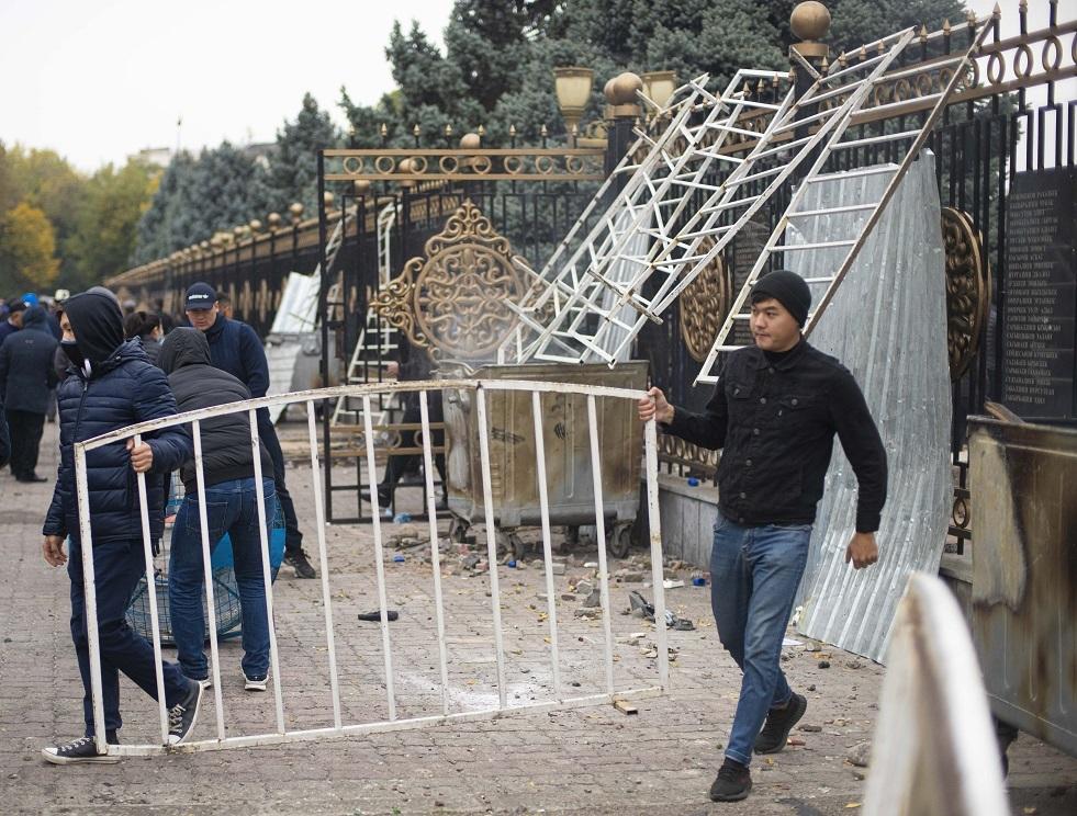 الانتخابات الرئاسية في قرغيزستان في 10 يناير