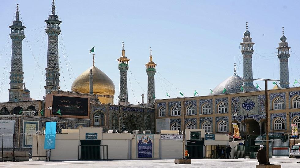 إيران تقرر إغلاق مزارات دينية لمدة شهر كامل للحد من تفشي كورونا