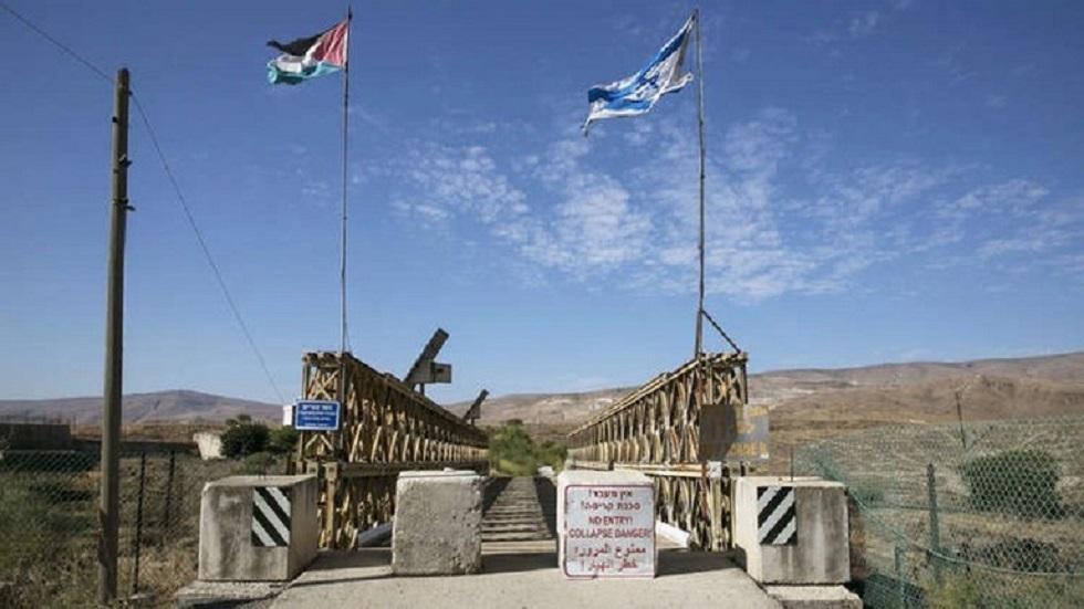 الأردن يقرر فتح المعابر مع الضفة الغربية