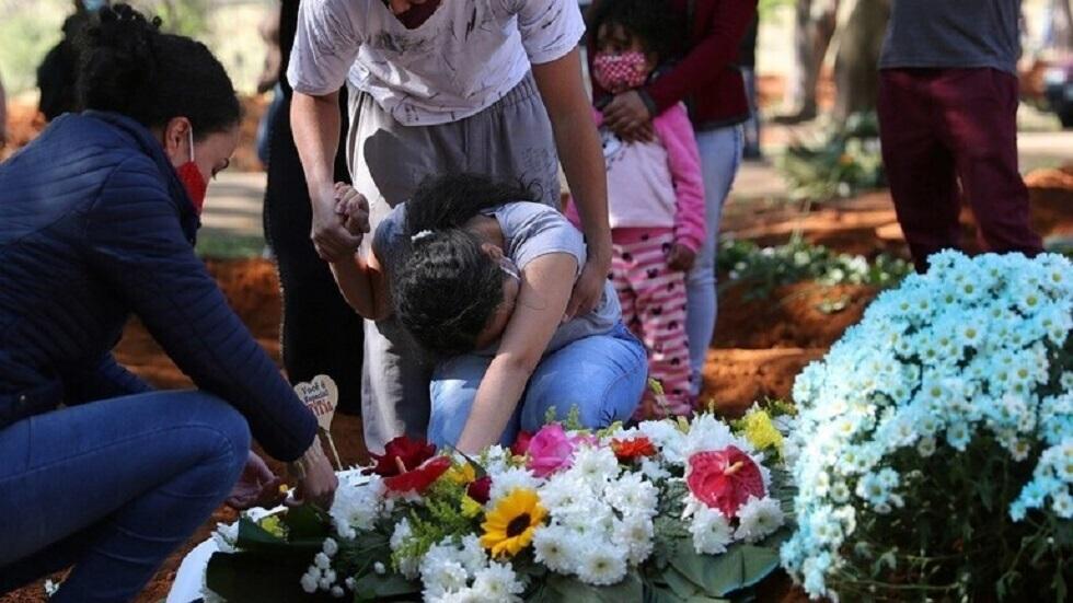 البرازيل تسجل تراجعا طفيفا في إصابات ووفيات كورونا اليومية