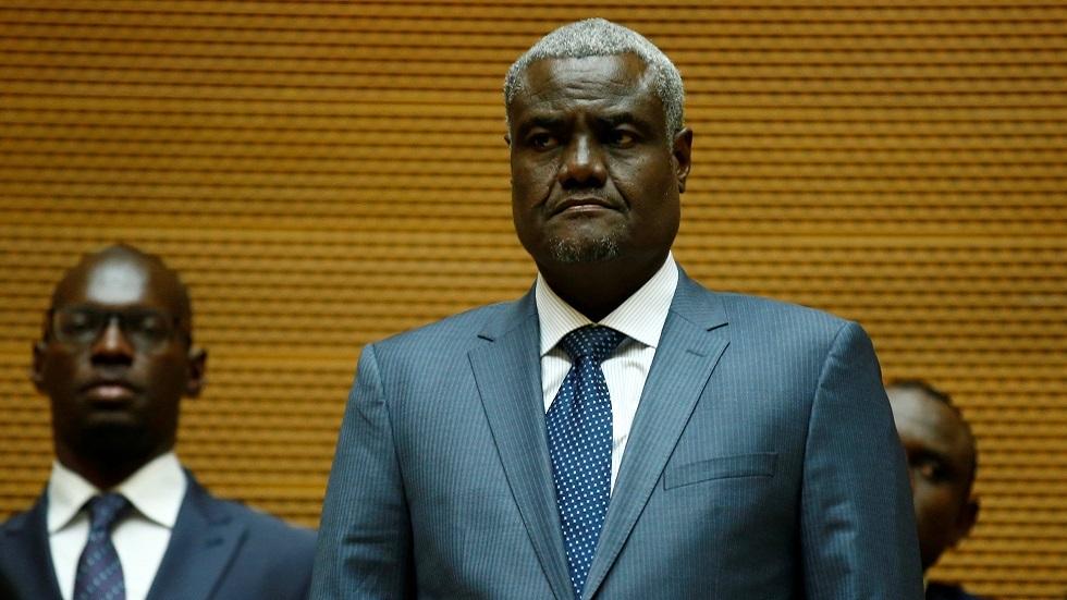 الاتحاد الإفريقي يعرض المساهمة في تهيئة ظروف ترسيم