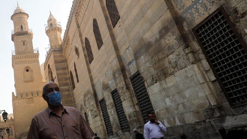 مصر تعلن عن 143 إصابة و12 وفاة جديدة بكورونا
