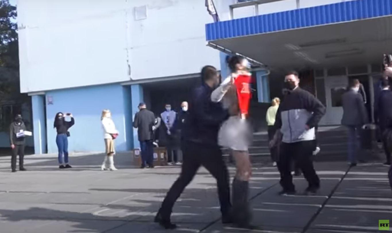 عاريات بلا حدود (فيديو)