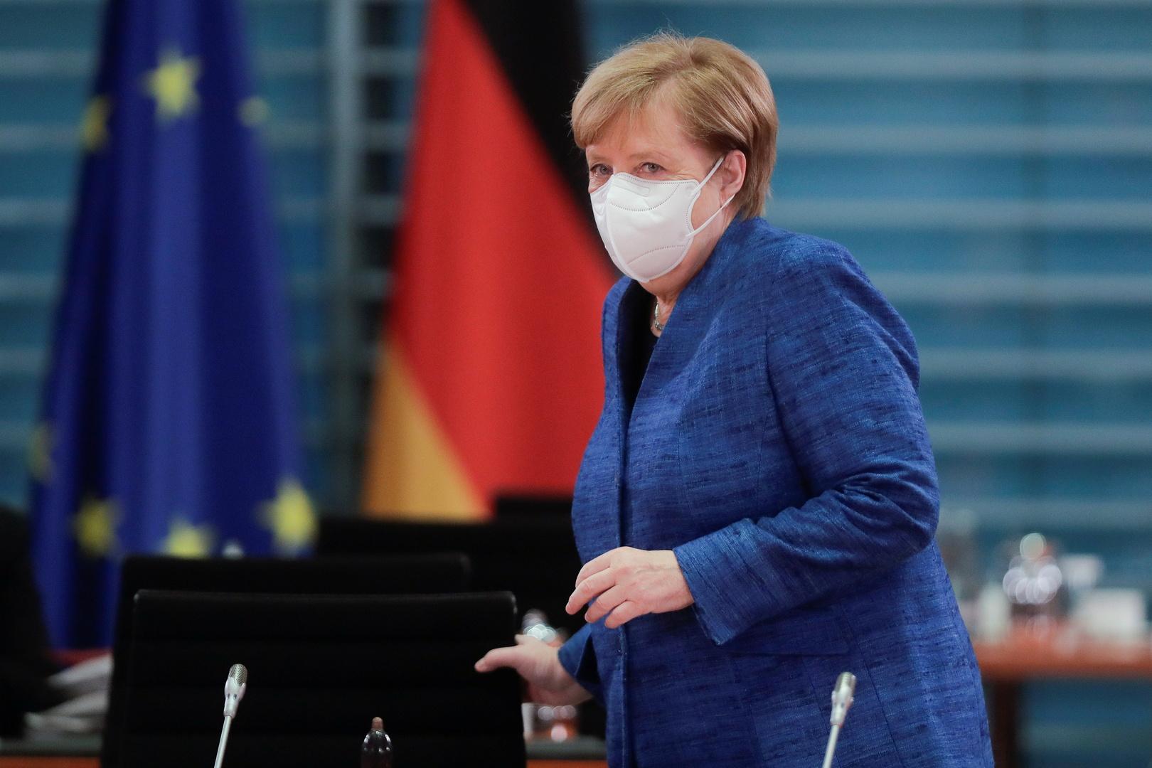 ميركل تعتزم إغلاق ألمانيا جزئيا لمواجهة كورونا