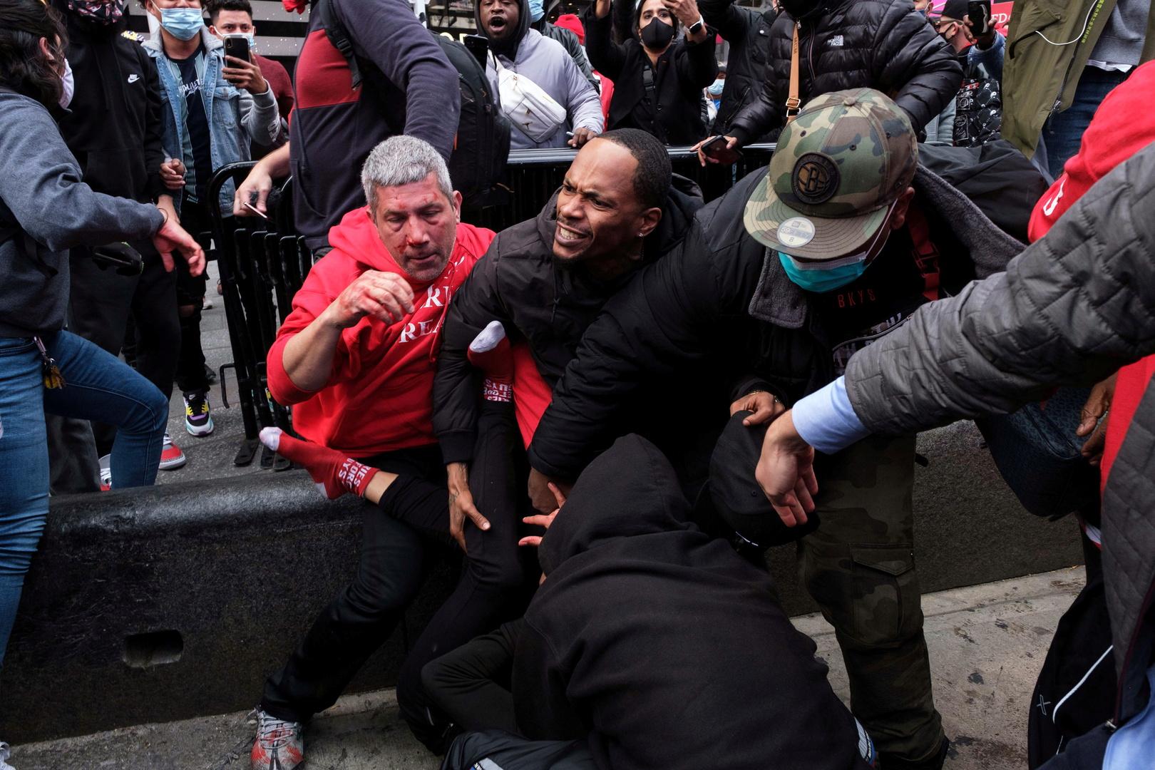 القبض على 11 شخصا إثر مواجهات بين حركة