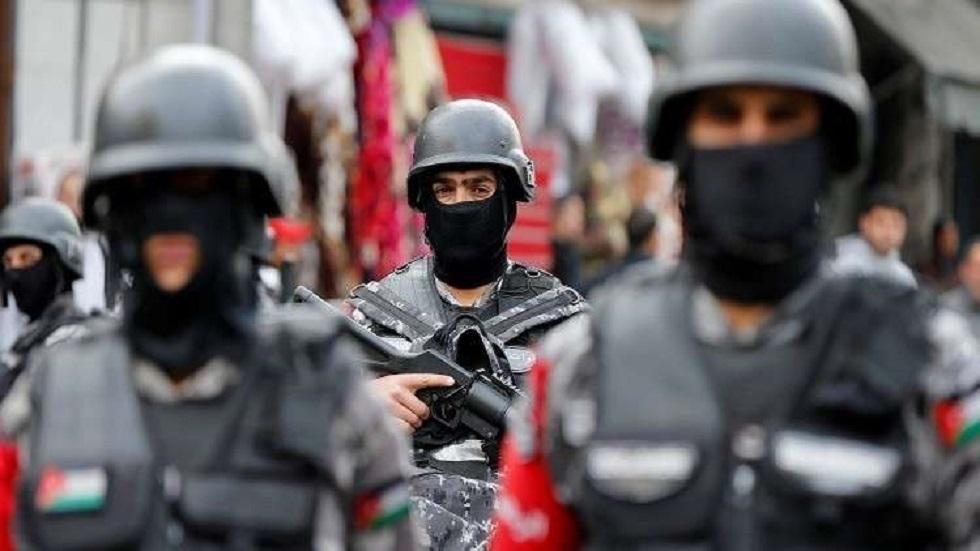 الأردن.. الأمن يلاحق شخصا أساء للإسلام ورموزه عبر مواقع التواصل