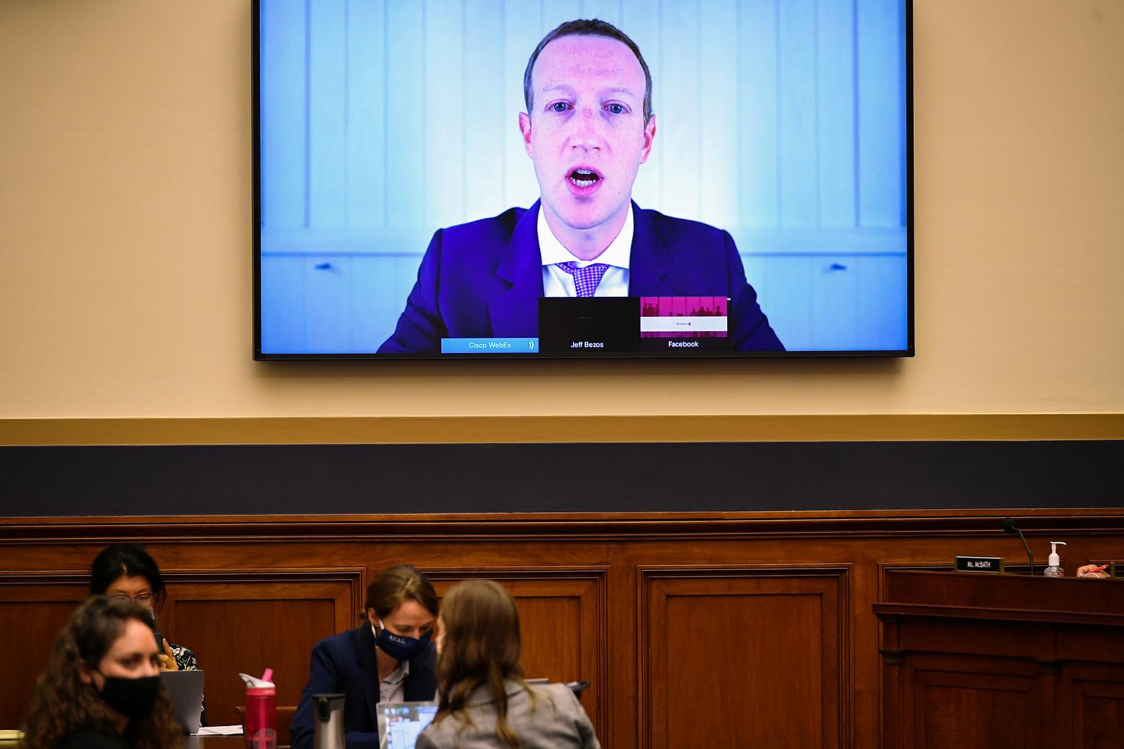 الشركات التكنولوجية العملاقة تحذر: سنضطر لتشديد الرقابة على التواصل الاجتماعي