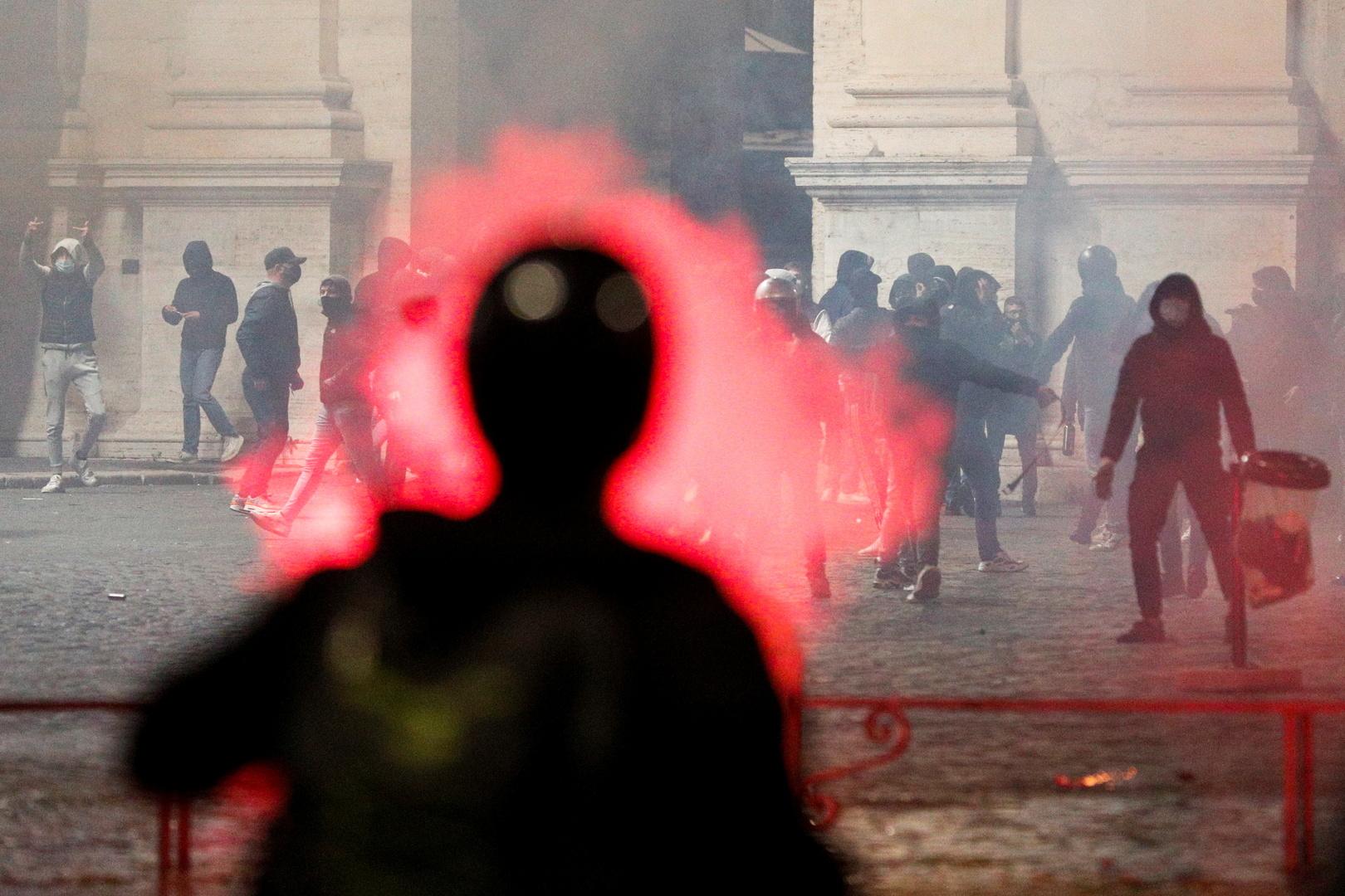 كورونا... عالم أوبئة إيطالي يعلن رفضه فكرة إغلاق بعض المدن الكبرى