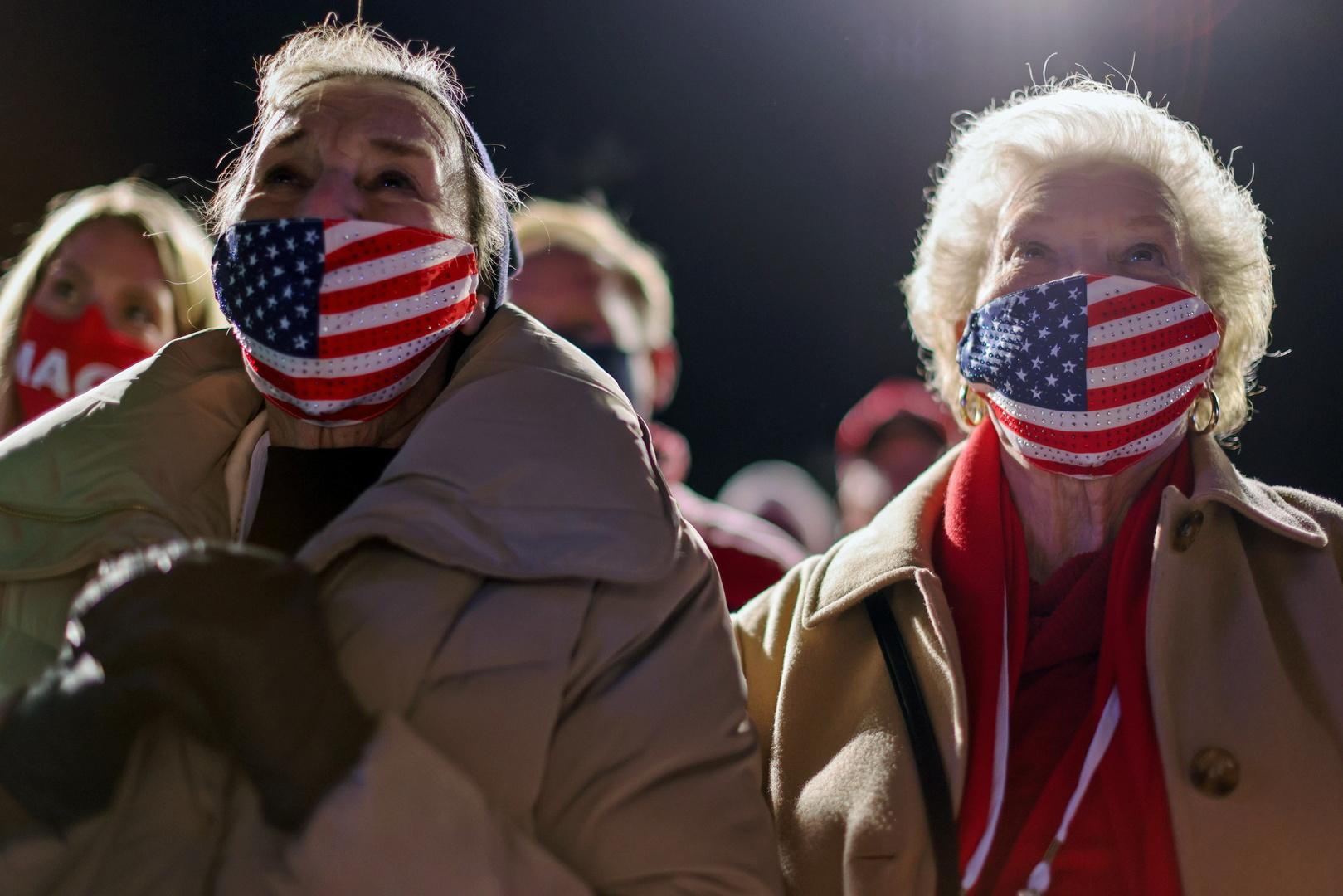 60 مليون أمريكي أدلوا بأصواتهم في الاقتراع المبكر لانتخابات الرئاسة