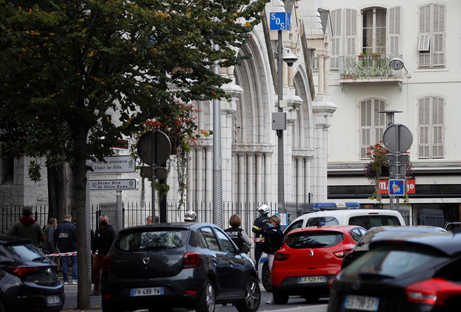 مقتل 3 أشخاص بهجوم بسكين في مدينة نيس الفرنسية