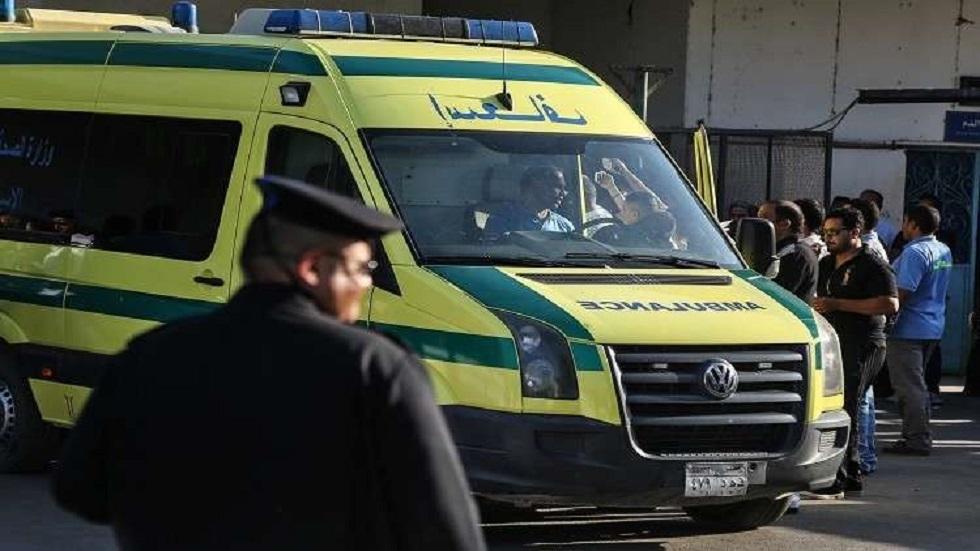 حادث سير يتسبب بمقتل 4 أشخاص وإصابة 4 آخرين في مصر