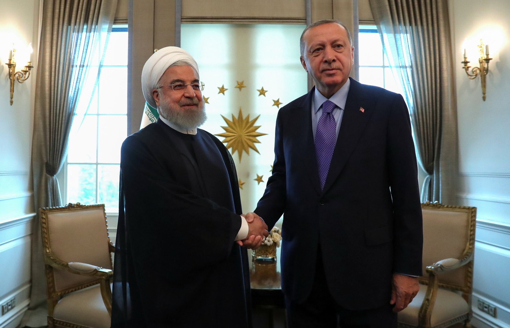 روحاني يؤكد أهمية صون العلاقات بين إيران وتركيا