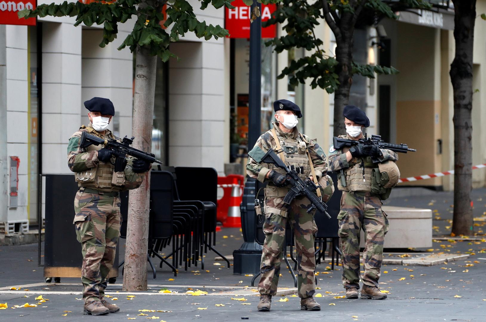 وسائل إعلام فرنسية: إحباط عملية طعن في ليون