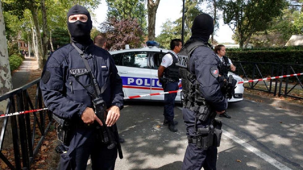 مراسلة RT في باريس: إخلاء الشانزلزيه للاشتباه بوجود إرهابي