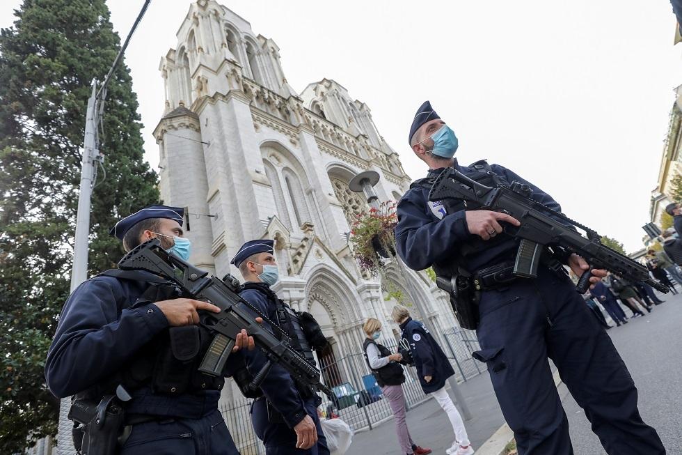 مسؤول الإدعاء في قضايا الإرهاب بفرنسا: 4 ضباط واجهوا المهاجم داخل الكنيسة في نيس
