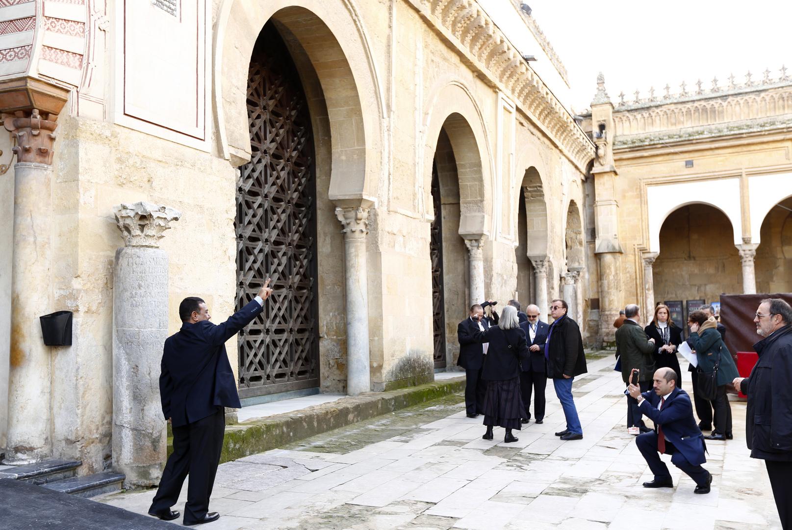 كاتدرائية قرطبة التي كانت جامع قرطبة الكبير في العهد الأندلسي.
