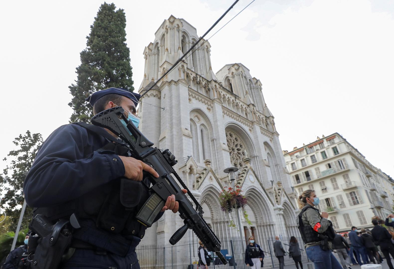 الجزائر تدين هجوم نيس وتؤكد رفضها