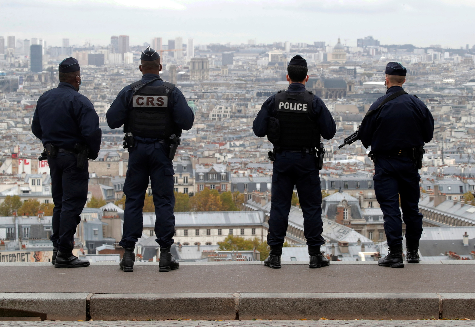 السلطات الفرنسية تلقي القبض على شخص ثالث لصلته بـ