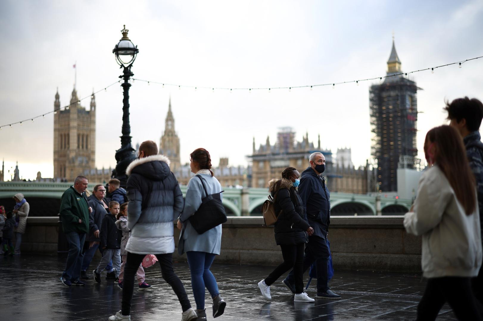 حكومة بريطانيا تحذر من قفزة حادة للوفيات بفيروس كورونا في حال
