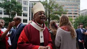 البابا فرنسيس يعين أول كاردينال من أصول أمريكية إفريقية