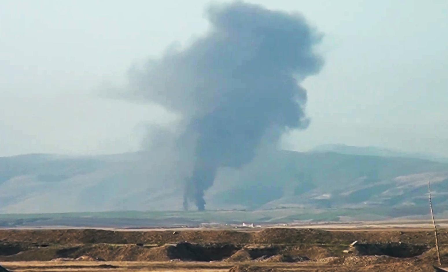 أنباء عن قصف أذربيجاني لرتل يضم رئيس