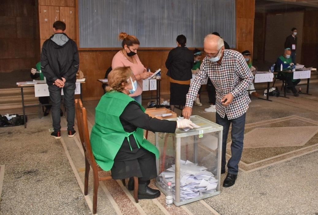 الحزب الحاكم يتصدر نتائج الانتخابات الجورجية