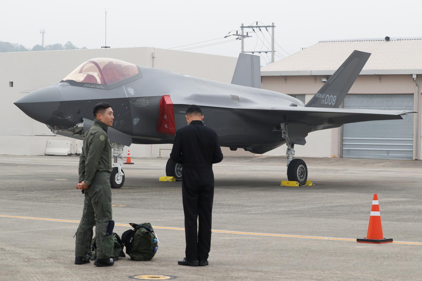 مشروع قانون أمريكي يفرض قيودا على بيع مقاتلات